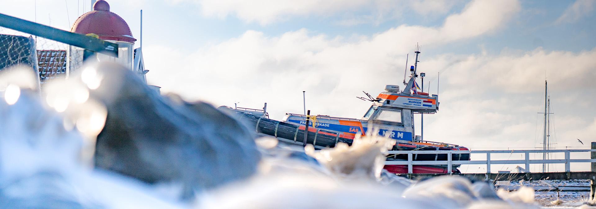 KNRM ijsreddingprocedure gestart: ijsbrekers en ijsteams
