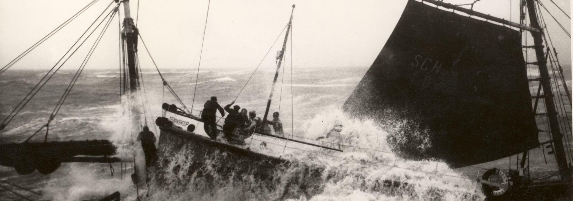 1938 KNRM redding Scheveningen-reddingboot Zeemanshoop | Foto: archief