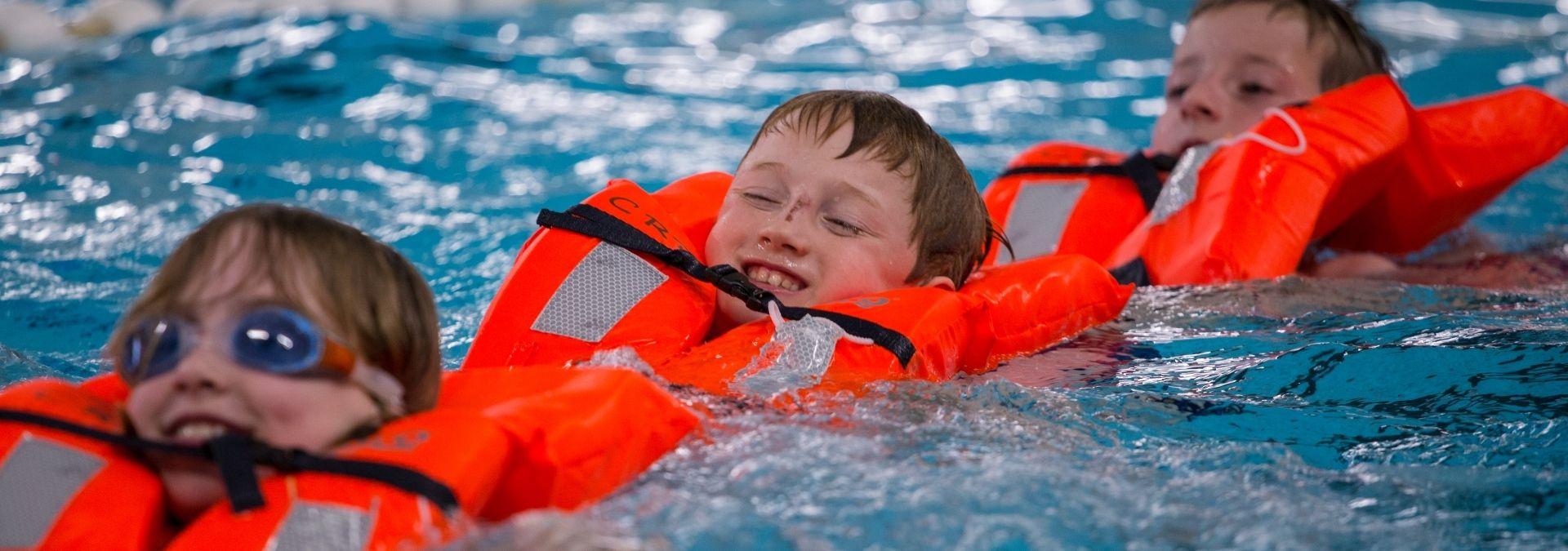 Dutch Lifeguards survival Jonge Redders