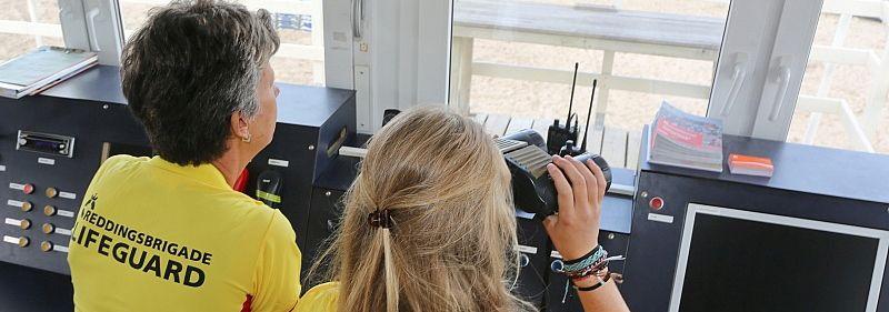 Reddingsbrigade strandbewaking reddingpost: Foto: Ko van Leeuwen