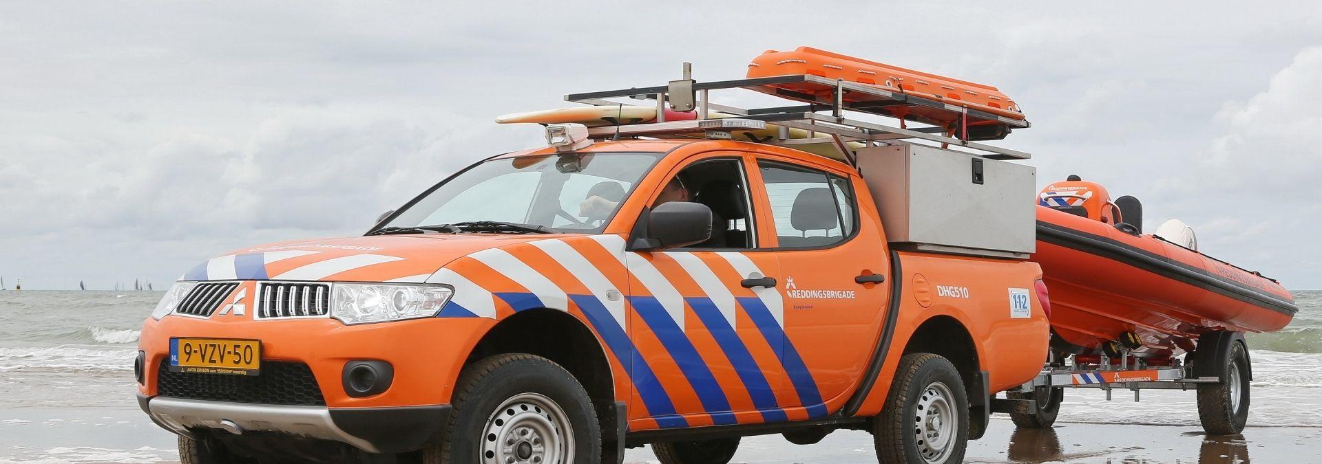 Reddingsbrigade strandvoertuig| Foto: Ko van Leeuwen